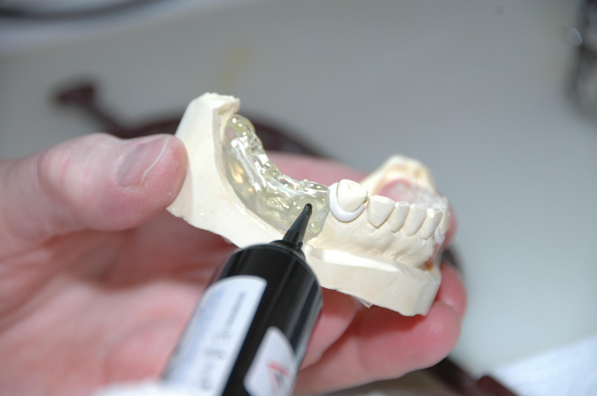 Prótesis Dental Clínica Mazuecos
